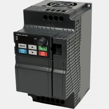 Falownik 1-fazowy 0,75kW 230VAC Sanyu SXE0015T2B